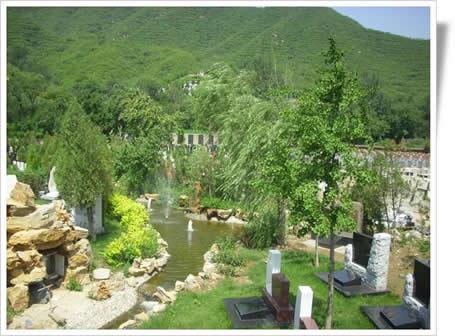 优美的凤凰山陵园景色一角-2